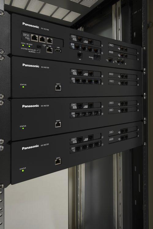 IP pobočková telefonní ústředna (IP-PBX) Panasonic KX-NS700